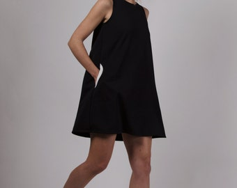 HANDMADE DRESS . Trapeze Dress . Edie Dress in Black . Rove & Roam .