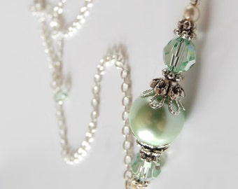Mint Green Wedding Jewelry, Mint Bridesmaid Necklace, Beaded Pearl and Crystal Necklace, Delicate Pearl Jewelry, Bridesmaid Gift, Handmade