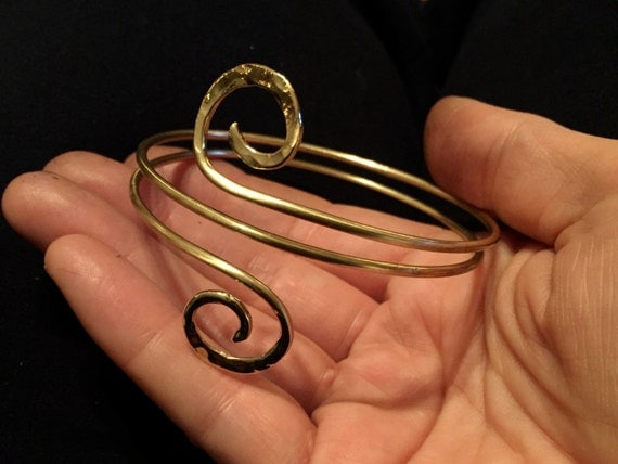 Spiral double wrap bangle