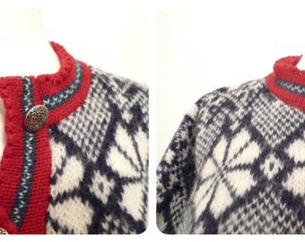 Vintage Wool Cardigan Sweater Nordic Ski Snowflake Button-down. Chest about 36 inches. Half Price Sale