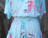 Vintage Nani of Hawaii Sky Blue Jumper with Coral Floral Print Size 14 Made in USA