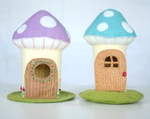 Felt Mushroom Doll House Sewing Pattern * Printable PDF Toadstool House * Woodland Felt Doll House Pattern