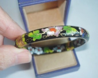 Vintage Asian Jewelry Cloisonne on Both Sides Flower Bracelet