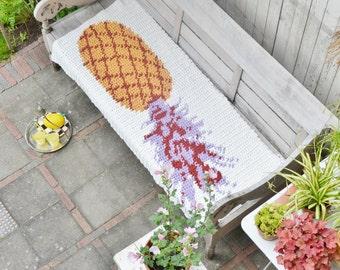 woodwoolstool pineapple pattern (pillow & rug)