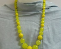 Bead Necklace Lucite Plastic Multi Shade Yellow Beads 1960s 24 inches long