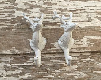 Set of 2 Deer Head Hooks - Cast Iron Wall Decor - White Distressed #275