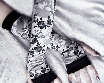 Arm Warmers in White w/ Grey & Black Roses and Skulls | Yoga Gothic Belly Dance Tribal Vampire Cycling Gypsy Charcoal Silver | Fleur Minuit