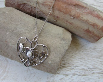 Silver Heart Necklace, Elegant Heart Necklace, Heart Pendant with Long Sterling Silver Necklace, Silver Wire Pearl Heart Necklace,30in chain