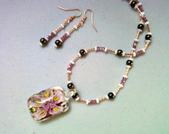 Pink, Olive Green, White and Copper Necklace and Earrings (0678)