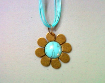 Aqua Blue Flower Necklace (0738)