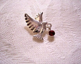 Flying Bird Tac Pin Brooch Silver Tone Vintage Avon Round Red Berry Dangle