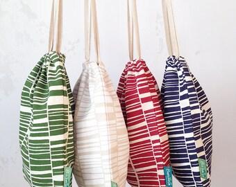 MEDIUM Drawstring bag// Organic travel bag // Handprinted drawstring bag // Knitting bag