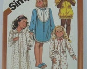 UNCUT Simplicity 6182 Girls Pajamas in Two Lengths & Nightgown or Robe in Two Lengths Sizes 6-6X Vintage 1980s Sewing Pattern
