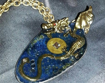 Dragon Pendant Necklace, Dragon jewelry, Resin spoon pendant, Chinese spoon jewelry, Spoon pendant, Spoon art, Resin Jewelry, Spoon Necklace