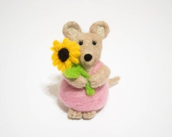 Country Mouse - Felted Mouse - Needle Felted Animal - Garden Mouse