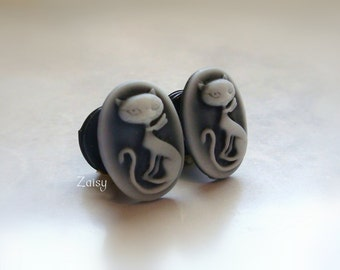 Kitten Cameo Plugs for stretched ears, Sizes 1/2 inch, 00g, 0G, 2G, 4G , 6G, 4mm, 5mm, 6mm, 8mm, 10mm, 12.7mm