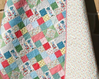 SALE Sunbonnet Sue Quilt, Nursery Blanket Crib Cot Bedding, Country Americana, Sam Holly Hobbie, Red Green Blue, Patchwork Traditional
