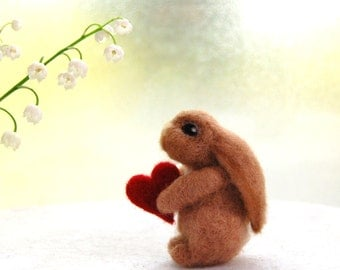 Perfekt Needle Felted Bunny, Valentines Day Gift, Valentine Bunny, Valentines Day  Gifts, Love