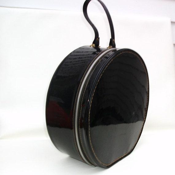 Vintage Round Train Case Black Hat Box Patent Leather Tote