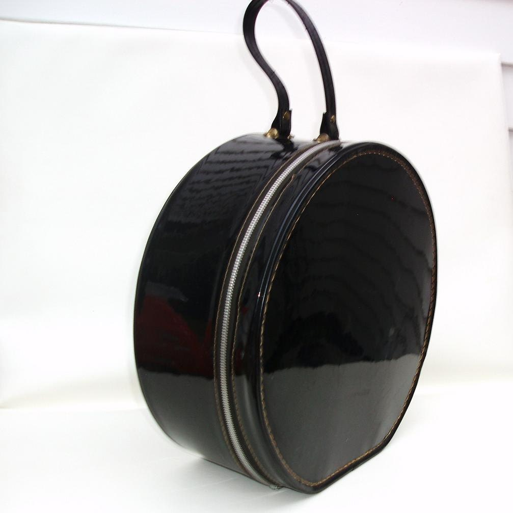 Vintage Round Train Case Black Hat Box Patent Leather Tote