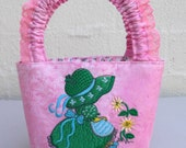 Little Girls Bag with a Sunbonnet Embroidery Design