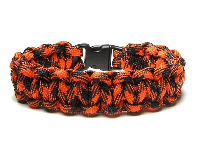 Paracord Bracelet Spider Orange Black Survival Hunting Accessory Military Gift Dad Outdoor Scouting Camping Fall Adventure Bikers Halloween