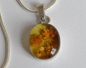 SALE Vintage Sterling Silver and Resin Preserved Floral Bouquet Necklace