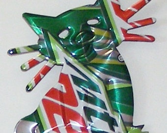 Cat Magnet - 'Whiskers' - Mountain Dew Soda Can (Replica)