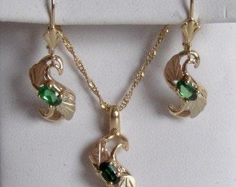 "Whitaker's Black Hills Gold ""S"" Pendant & Earring Set with Tsavorite / January Birthstone"