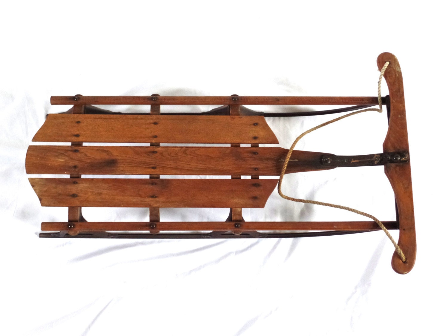 Classic antique sled antique snow sled antique holiday for Vintage sleds