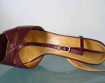 Etienne Aigner Stack Heel Slingbacks Size 10 US