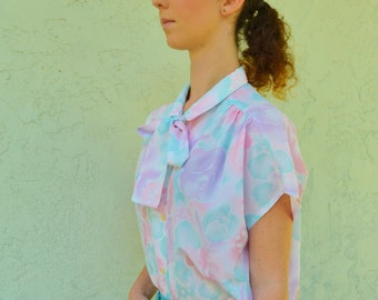 Vintage Floral Blouse Pastel Blue Pink Polyester Size Medium Ties Bow at neck
