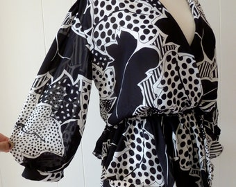 80's Graphic Pop Art Dress Floaty Sheer Black and White Print Boho Flutter Peplum Faux Wrap Front M L