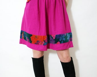 Vintage Pink High Waisted Wool Skirt With Pocket and Velvet Floral Applique