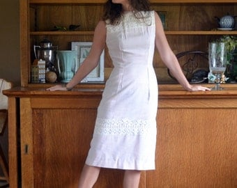 60's Pale Pink Lace Wiggle Vintage Dress