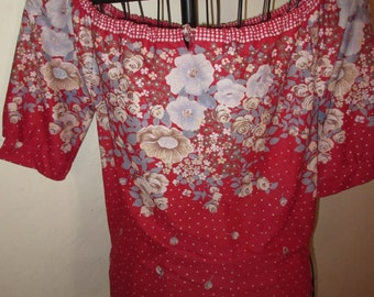 Pretty 70's womens peasant blouse