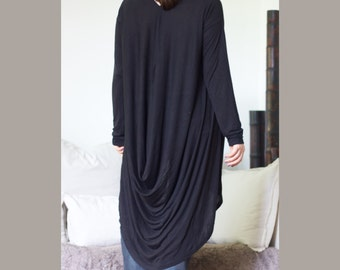 Black V Neckline Tunic / Hi Low Hem Tunic / Front Snap Closure Tunic /  XXL XXXL Drap Shirt / Draped Front Detail/ Top Loose Top Long Sleeve