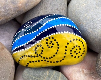Sea breeze / ocean breeze / sand and sea / painted rock / Sandi Pike Foundas / love from Cape Cod / painted stones