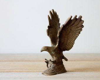 Vintage brass eagle figurine / retro man cave decor / eclectic boho home decor / masculine / rustic brass bird desk decor / American eagle