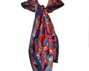 vintage 1980s silk floral scarf / Elaine Gold / head neck scarf / square scarf / 80s silk scarf / women's vintage scarf