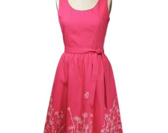 vintage 1970s garden sundress / Flamstead of Vermont / cotton blend / pink white / floral / 60s 70s dress / women's vintage dress / size 10