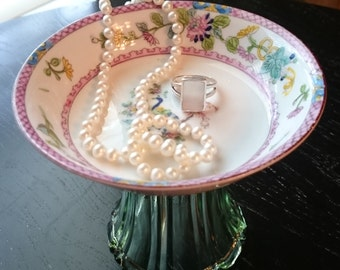 Jewelry Stand/Soap Dish