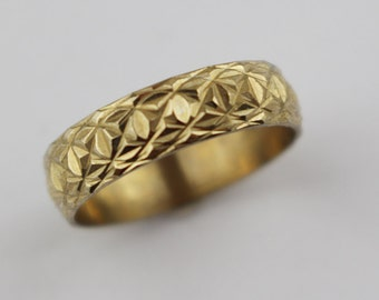 Vintage Brass Costume Ring Ladies Ring with Etched Cut Surface US Size 6.75  UK size N