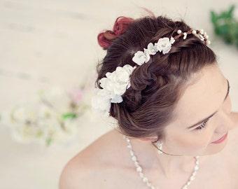Silk flower crown, bridal flower crown, Wedding tiara, Wedding flower crown, Bridal headpiece