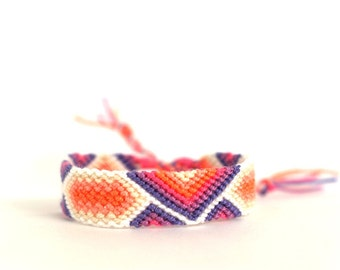 Sweet Lavender Friendship Bracelet.