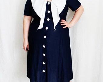 Plus Size - Vintage Navy Draped Collar Button Front Dress (Size 18/20)