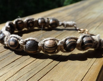 Petite hemp and wood bead bracelet in natural and black colors and lobster clasp