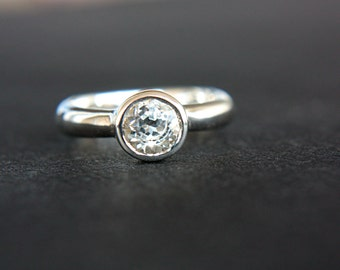 White Topaz Ring White Topaz Engagement Ring Topaz Ring Sterling Silver Size 5,5 Promise Ring April Birthstone