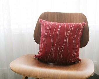 "16""x16"" Red / Dark Brown / Blue Wavy Stripe Throw Pillow Cover"