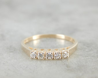 5 Diamond Wedding Band in Yellow Gold 54AYP4-R
